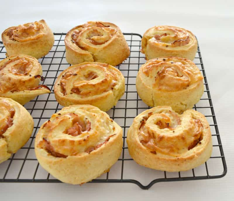 Lunchbox ideas: Ham and cheese scrolls recipe
