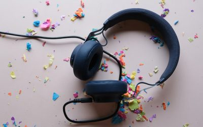24 really awesome podcasts for teens
