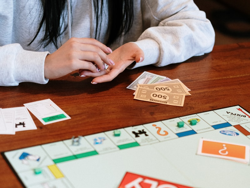 Family games teens like too - inspire your family games night