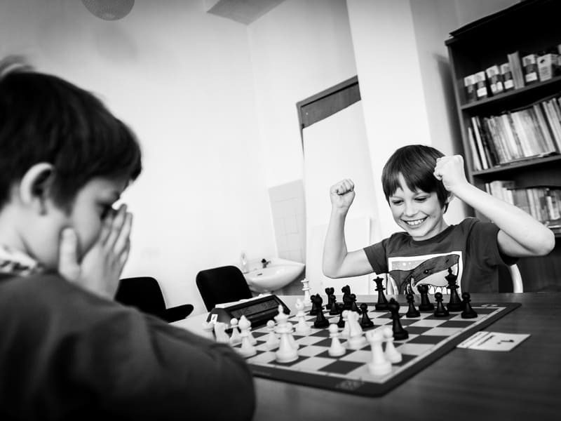 Things for teens to do at home - family chess tournament