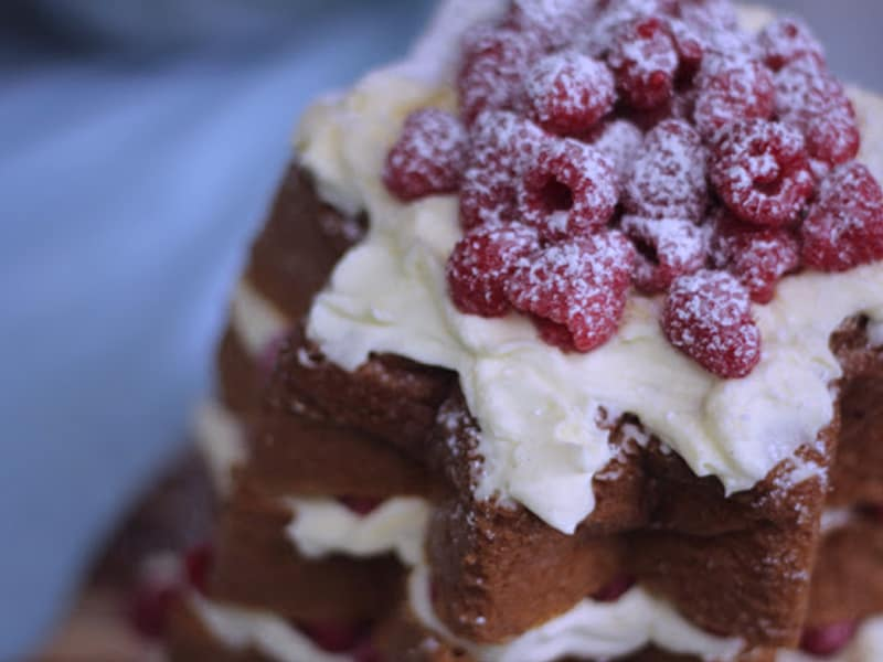 Easy Christmas dessert - pandoro with mascarpone cream