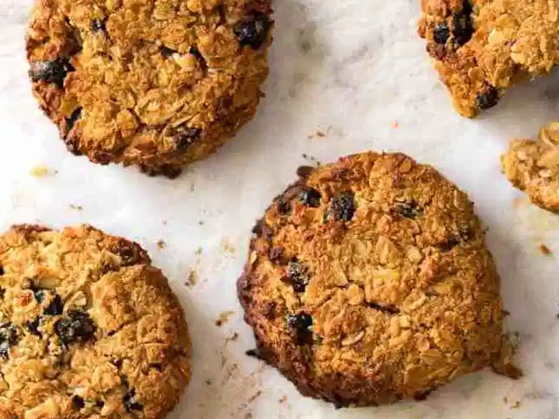 Muesli lunchbox biscuits by Recipe Tin Eats