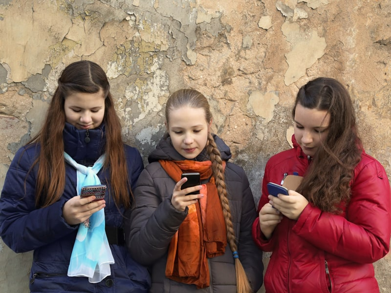 Is social media damaging to children