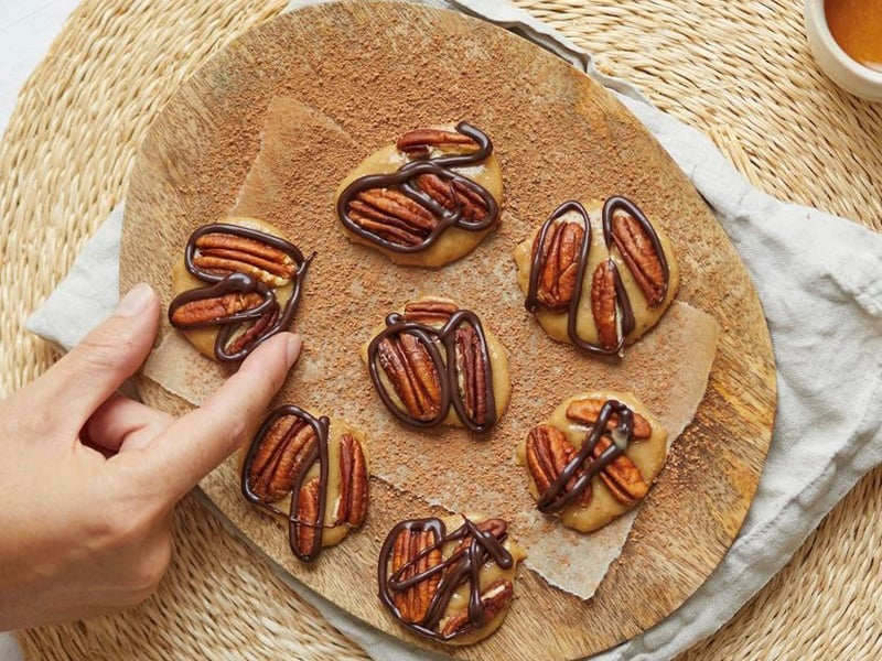 Healthyish pecan caramels make a great school holiday treat