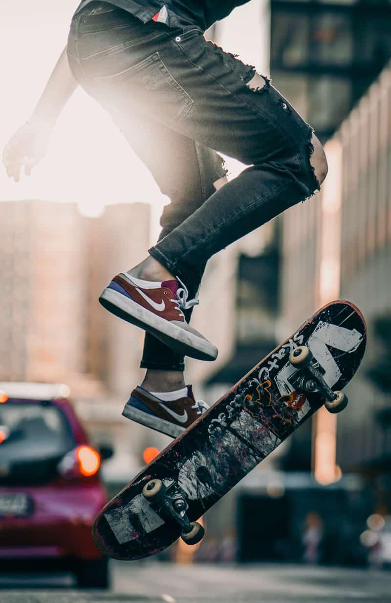 Hobbies for teens in lockdown - skateboarding